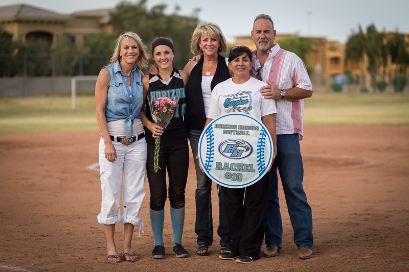 horizon_softball_seniors-0371.jpg