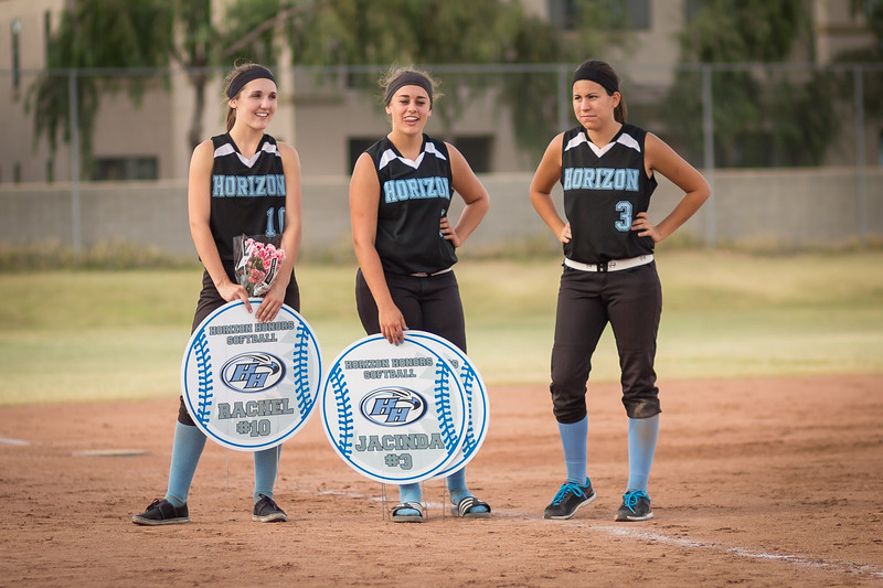 horizon_softball_seniors-0408.jpg