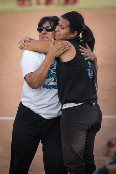 horizon_softball_seniors-0347.jpg