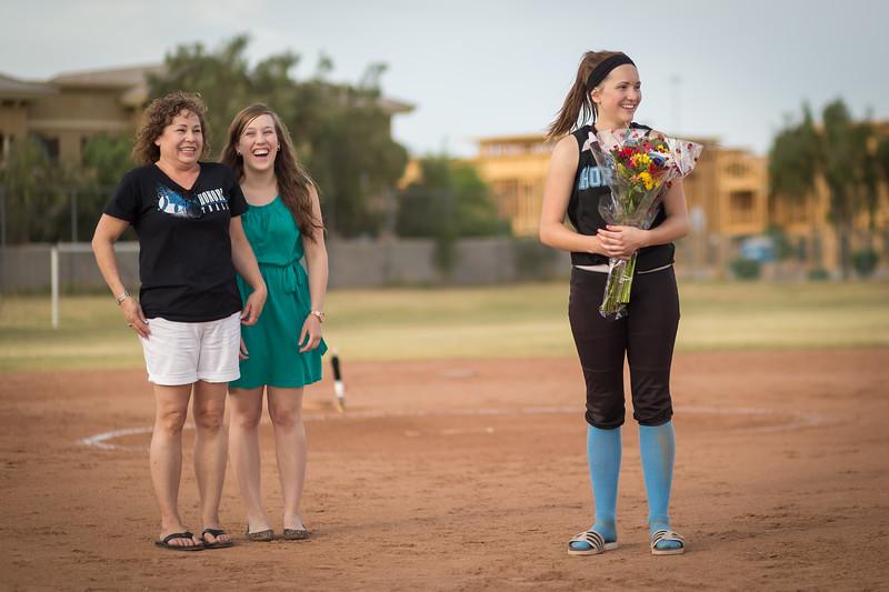 horizon_softball_seniors-0402.jpg