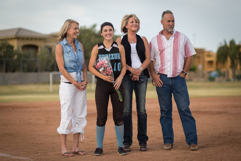 horizon_softball_seniors-0373.jpg