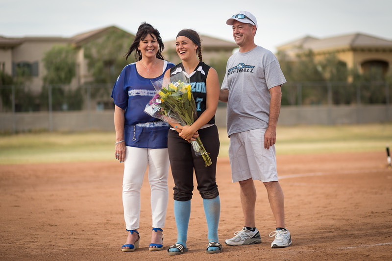 horizon_softball_seniors-0491.jpg