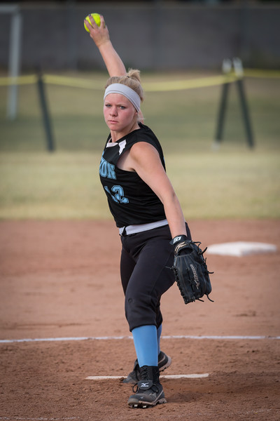 horizon_softball_seniors-0155.jpg