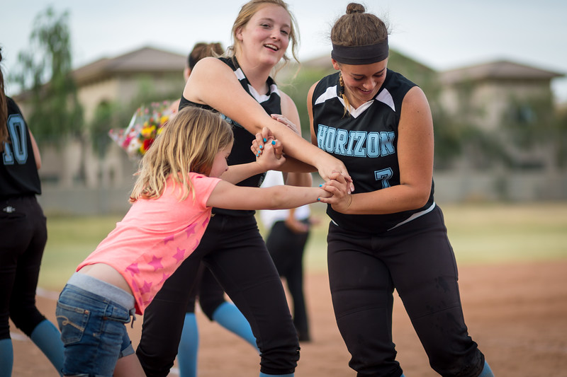 horizon_softball_seniors-0591.jpg