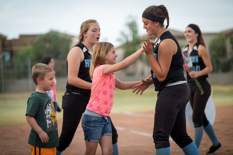 horizon_softball_seniors-0589.jpg