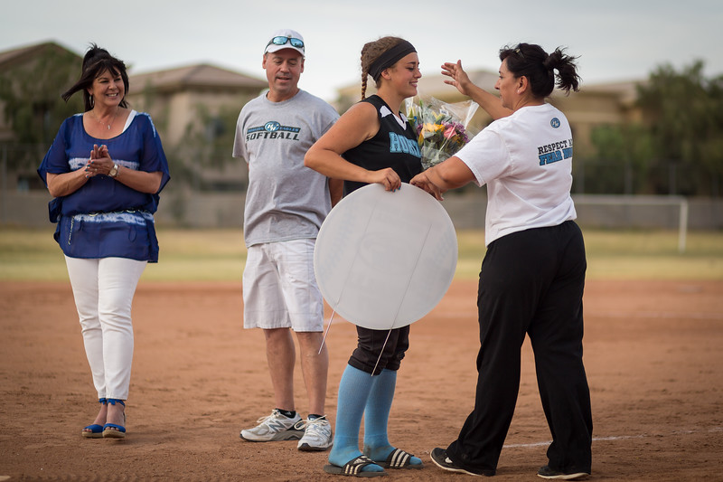 horizon_softball_seniors-0526.jpg