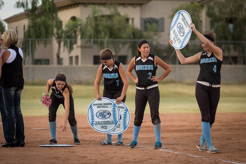 horizon_softball_seniors-0394.jpg