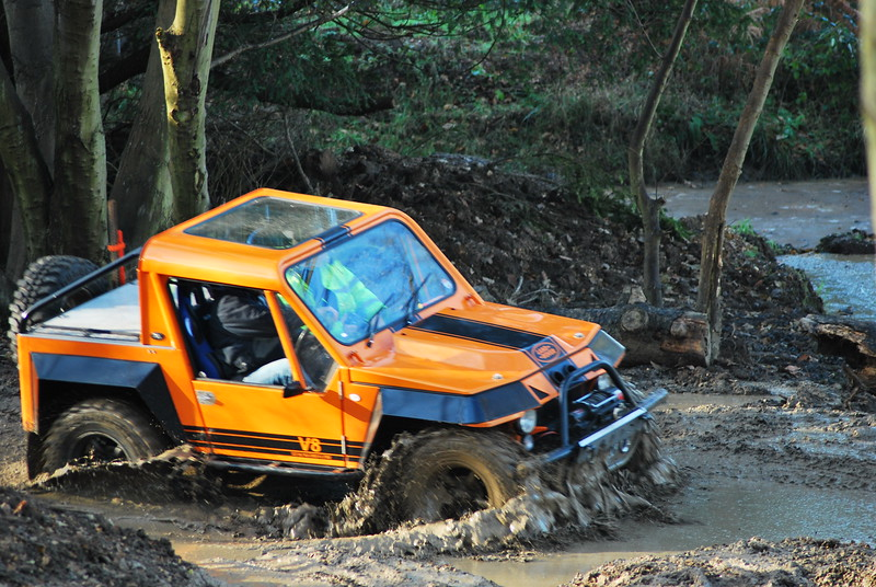 Was quite glad to see this car going through the muddy water, was far to shinney for an offroaders playground