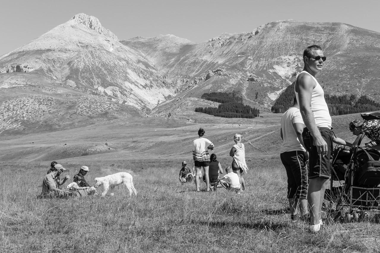 Scène de groupe(s) au loin, Monte Camicia