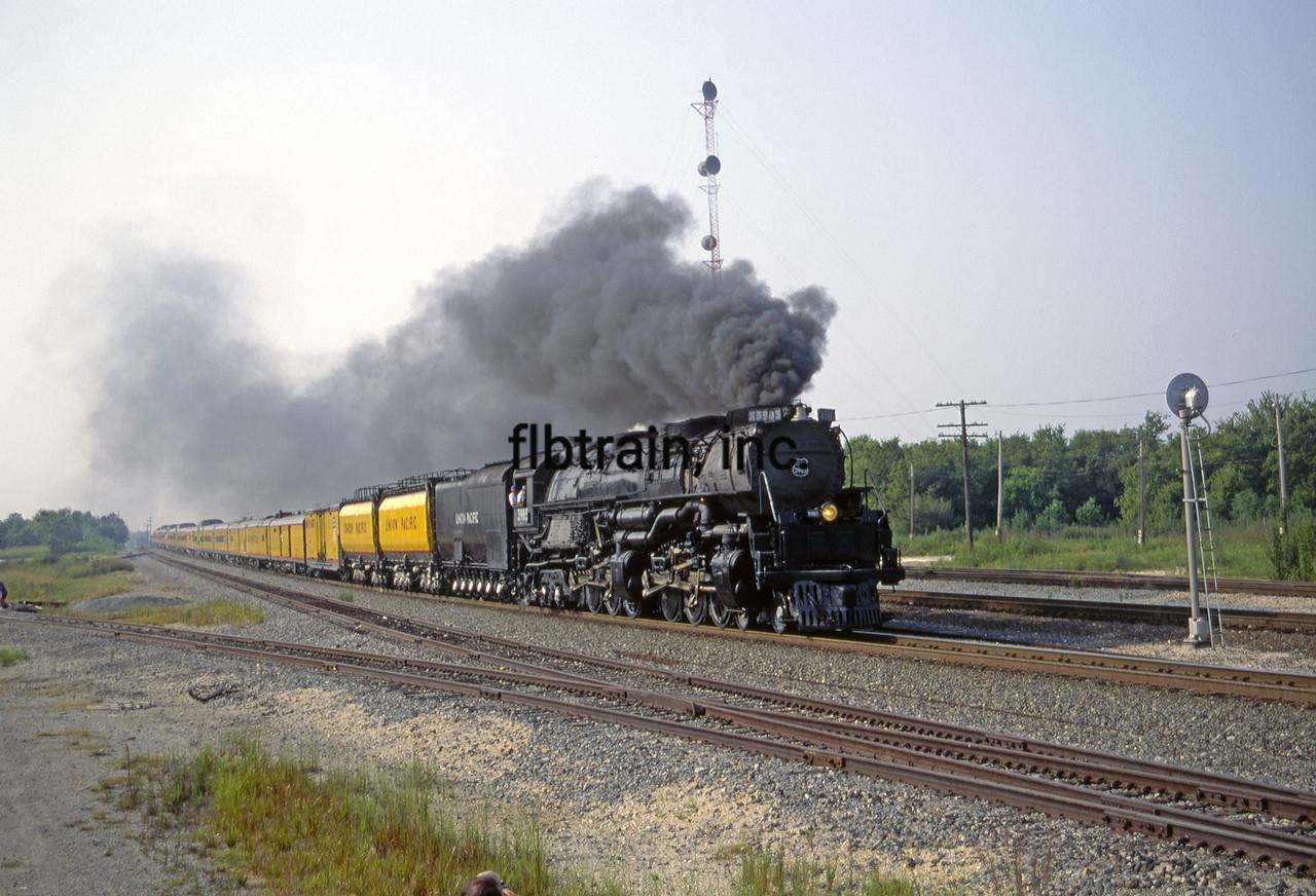 UP1992080931 - Union Pacific, Navasota, TX, 8/1992