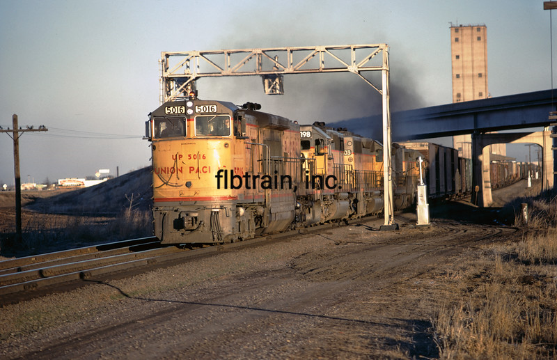UP1974030025 -  Union Pacific, Menoken, KS, 3/1974