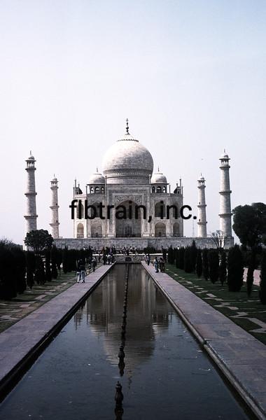 IN1985060150 - Taj Mahal, Agra, India, 6/1985