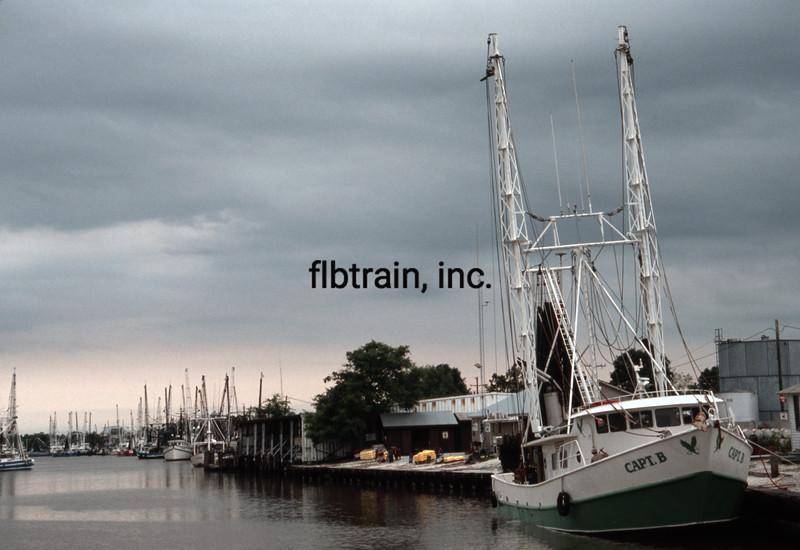 SHIP1991040006 - Fishing Vessel, Delcambre, LA, 4-1991