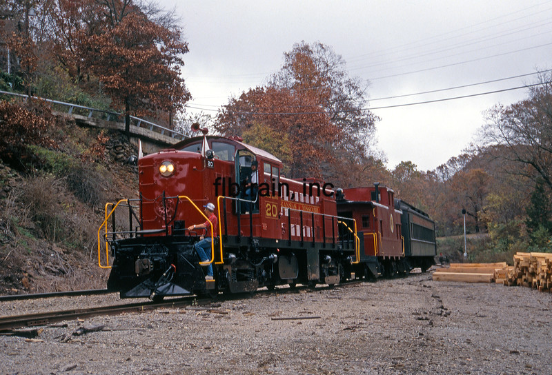 AMO1991100148 - Arkansas & Missouri, Winslow Tunnel, AR, 10/1991