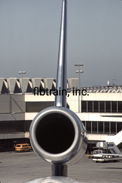 AC1986050007 - International Airport, Frankfort, Germany, 5-1986