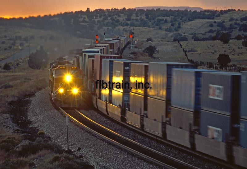 BNSF2004100012 - BNSF, Crookton, AZ, 10/2004