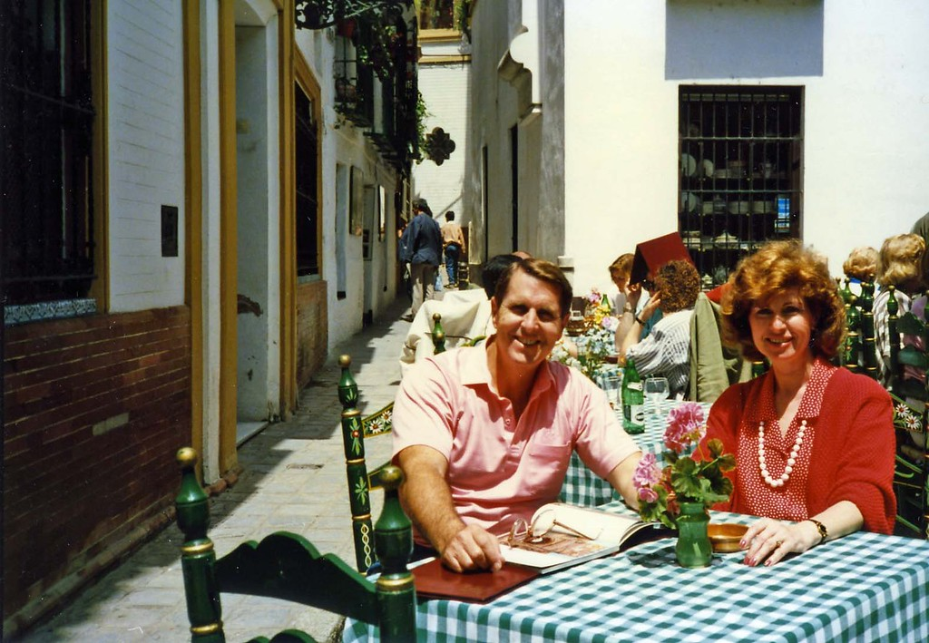 Tom and Betty having lunch, trip to Spain with Jurgen and Leticia