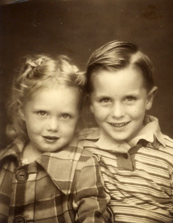 Tom and Carol around age 4