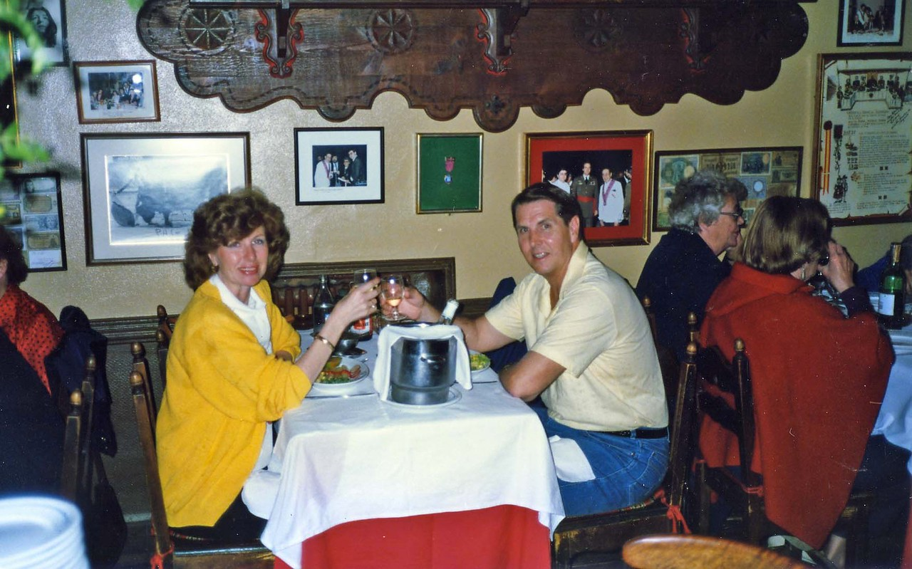 Betty and Tom toasting for dinner inside restuarant, trip to Spain with Jurgen and Leticia