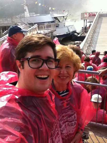 Voyage to Niagra Horseshoe Falls Boat Tour, Ontario, Canada