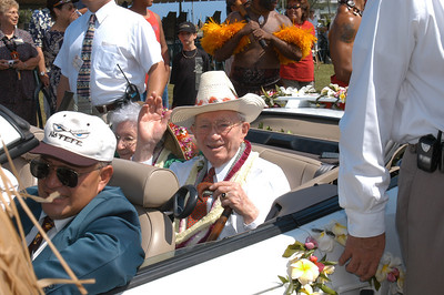 President Gordon B. Hinckley in the community parade associated with the 40th anniversary