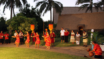 The Hawaiian Village (as well as other islanders and alumni) welcome hundreds of returning alumni during a reception on September 2, 2013; Polynesian Cultural Center photo by Mike Foley
