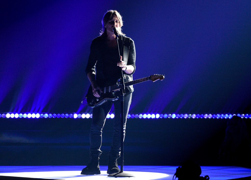 ". Keith Urban performs ""Female\"" at the 51st annual CMA Awards at the Bridgestone Arena on Wednesday, Nov. 8, 2017, in Nashville, Tenn. (Photo by Chris Pizzello/Invision/AP)"