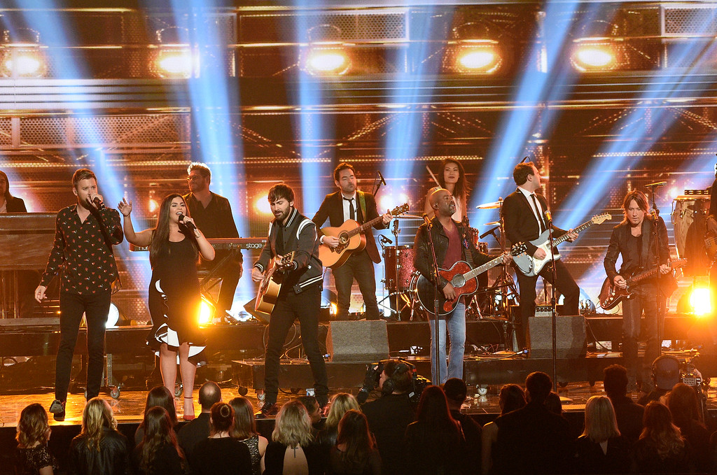 . Charles Kelley, from left, Hillary Scott, Dave Haywood, Darius Rucker and Keith Urban perform a medley at the 51st annual CMA Awards at the Bridgestone Arena on Wednesday, Nov. 8, 2017, in Nashville, Tenn. (Photo by Chris Pizzello/Invision/AP)