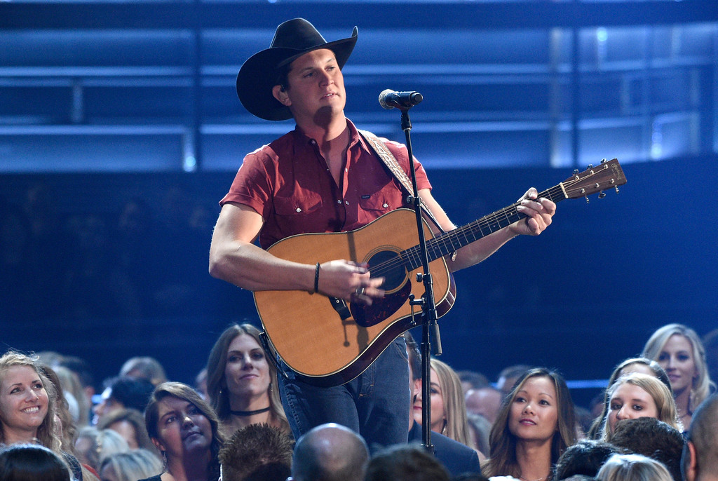 ". Jon Pardi performs ""Dirt On My Boots\"" at the 51st annual CMA Awards at the Bridgestone Arena on Wednesday, Nov. 8, 2017, in Nashville, Tenn. (Photo by Chris Pizzello/Invision/AP)"
