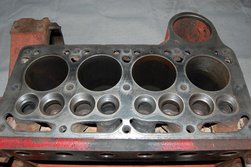 Crankcase, cylinders need honing