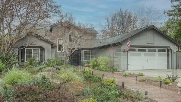 567 E Mallard Cir, Fresno