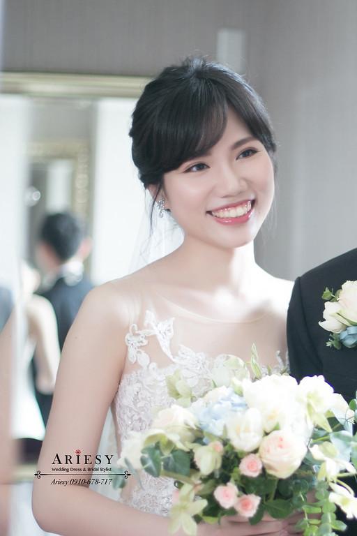 新娘編髮,新娘秘書,台北新秘,ariesy,黑髮新娘造型,白紗造型,新娘捧花