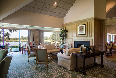 Bent Pint Stock Images - Clubhouse and Golf Course-1034-Edit