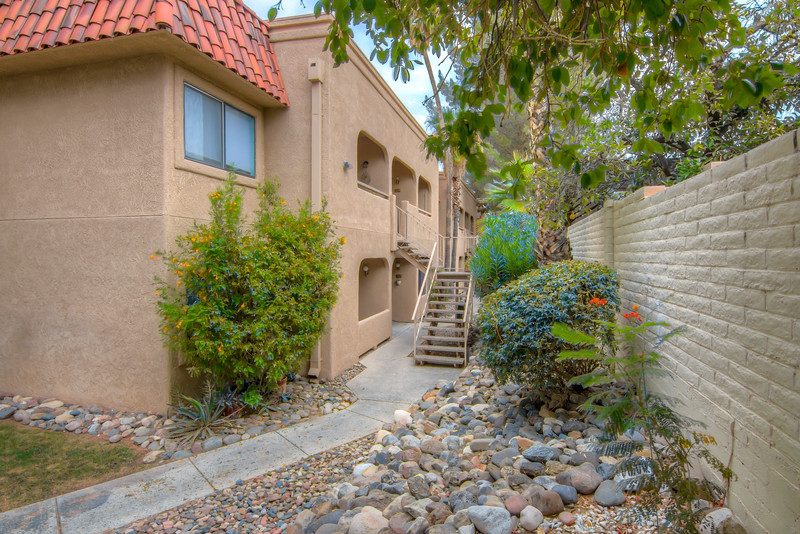 To learn more about this home for sale at 5750 N. Camino Esplendora, #118, Tucson, AZ 85718 contact Jeff Hannan, Realtor, eXp Realty Tucson - Kolb Group (520) 349-8766