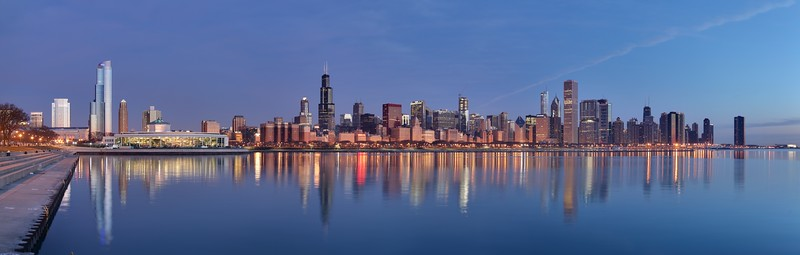 by Daniel Schwen  - Chicago sunrise