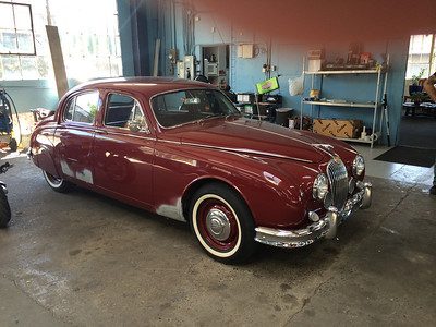 59 Jaguar Salon