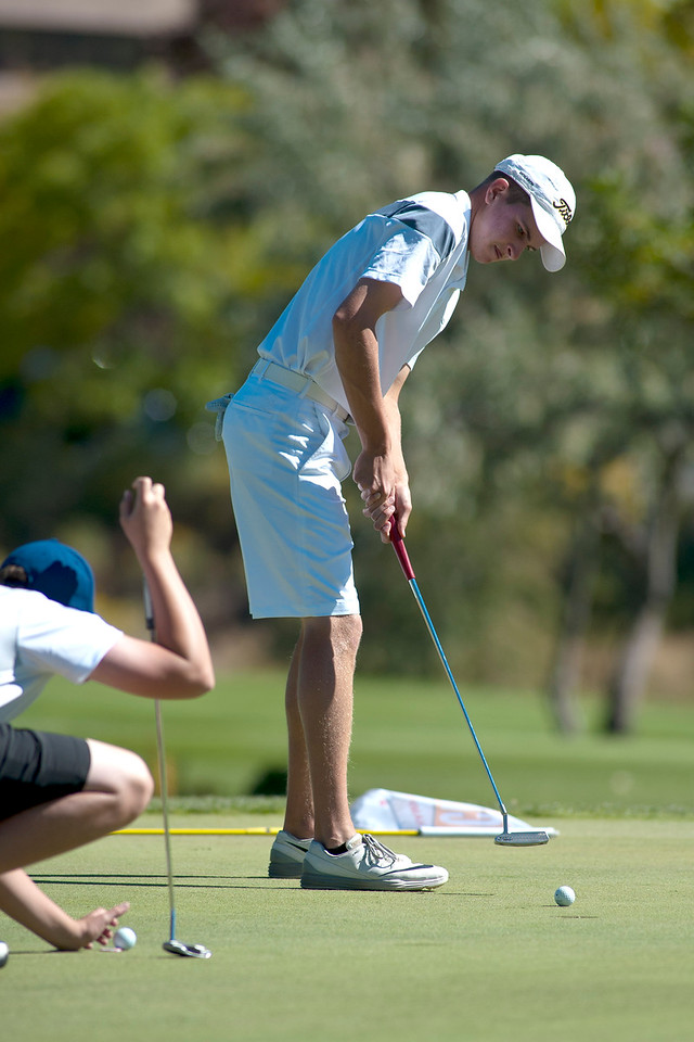 Photo by William Woody -- Ethan Alexander of Monarch putts for par on the par-four ninth hole at Bookcliff Country Club Tuesday morning, Sept. 27, 2016, in Grand Junction Colo.
