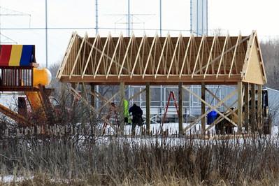 Raising the Davies Pavilion