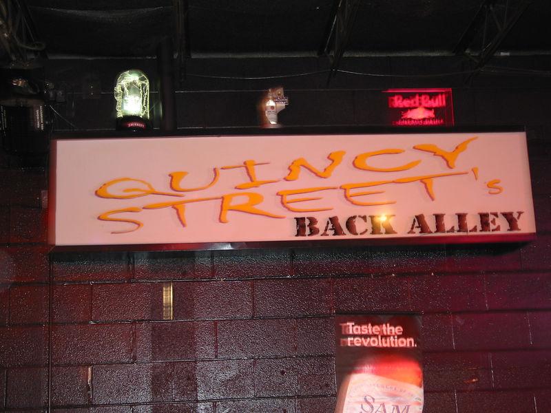 2003_9_11_Quincy_Street_001