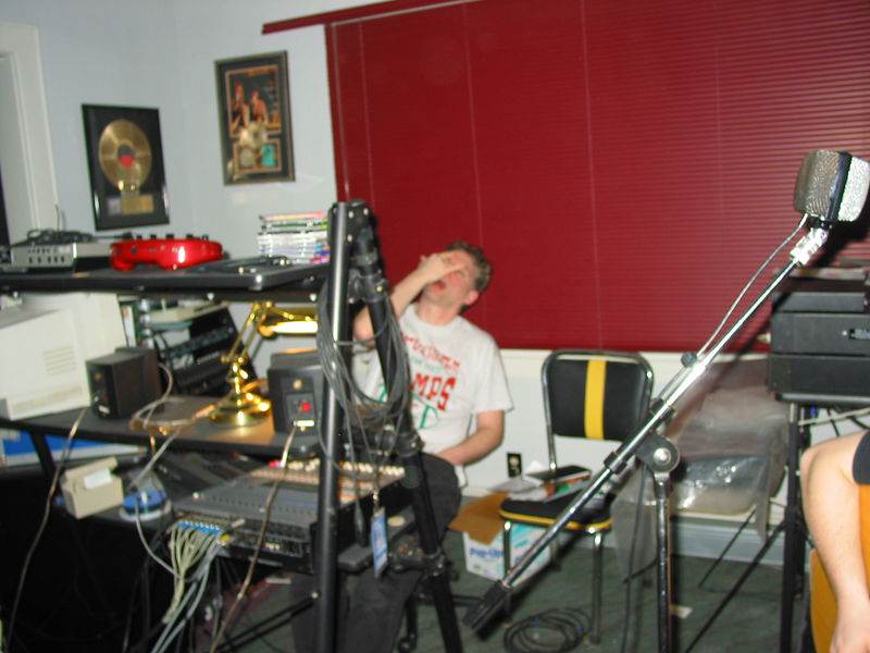 2004_2_20_Recording_With_Armand_032