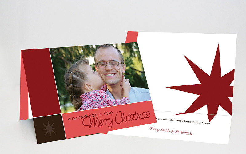 "<a href=""http://smugmug.com/photos/tools.mg?cardID=419514975&Type=Album&tool=newcard"">Make this card</a><br /><br /><span class=""cardDetails"">Minimum photo resolution: 1608x1058</span>"