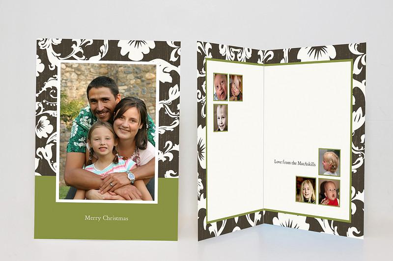 "<a href=""http://smugmug.com/photos/tools.mg?cardID=421321640&Type=Album&tool=newcard"">Make this card</a><br /><br /><span class=""cardDetails"">Minimum photo resolutions: 974x1412, 400x334, 400x334, 400x334, 400x334, 400x334, 400x334</span>"