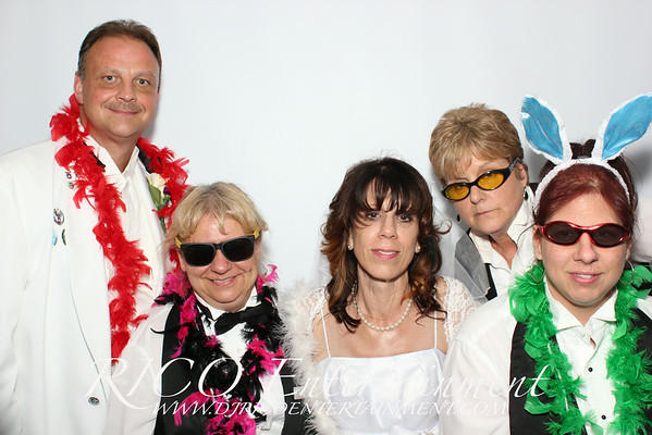6-21-14 - Darlene & John Wedding Photobooth