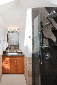E6 Bath 1