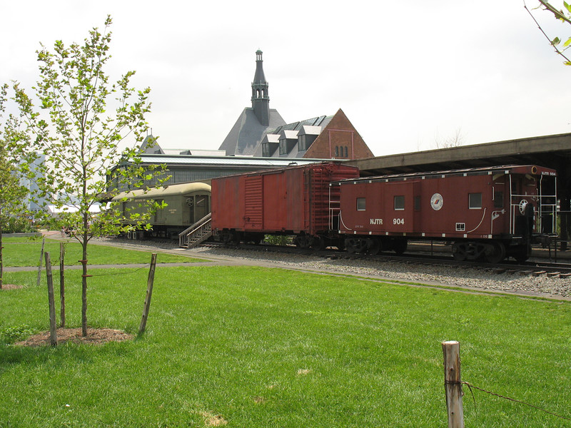 Historic signs, exhibits, displays and refurbishment of caboose and freight car as information / orientation center. Federal Award: $300,000; Local Match: $0; Total; $300,000