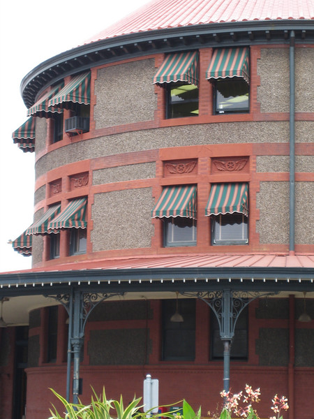 Restoration of Union Station in Portland, Oregon. The station is an active Amtrak and freight terminal. Repairs were completed on the roof (both flat and sloped sections), masonry, awnings, doors and interiors of the station. TE award year: 2003 Federal Award: $1,036,426; Local Share: $118,624; Total: $1,155,050