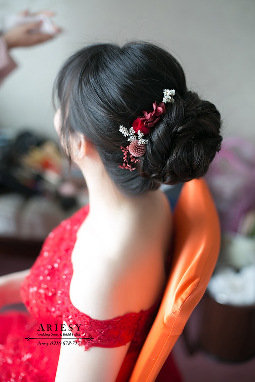 鮮花新秘,黑髮新娘秘書,台北新秘,ariesy,文定新娘造型,新秘