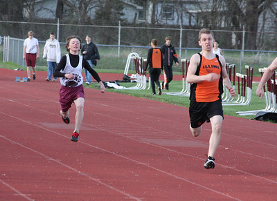 HHS-Track-4-21-2009-TimOest_1046