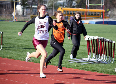 HHS-Track-4-21-2009-TimOest_1035