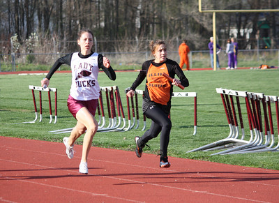 HHS-Track-4-21-2009-TimOest_1033